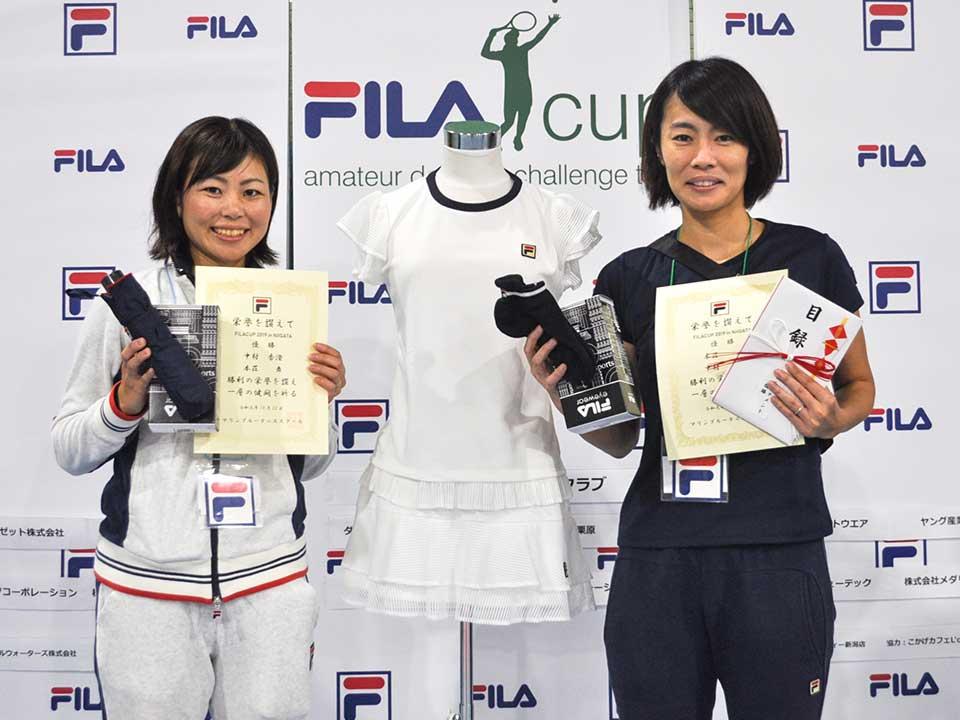 1位トーナメント優勝 中村 香澄さん(フリー)、本荘 舞さん(フリー)